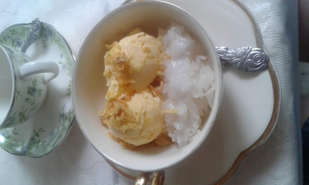 Durian Ice Cream & Sticky Rice